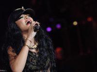 Il culo in collant di Rihanna