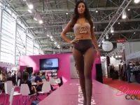 Avete mai visto una sfilata di moda come questa?