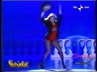 L'eccezionale balletto in collant di Simona Tagli!