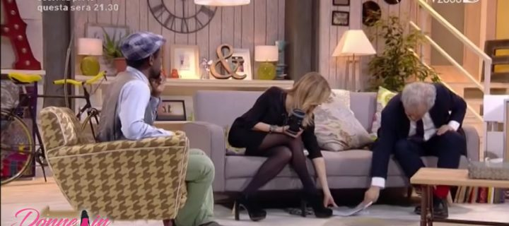 Arianna Ciampoli: milf in collant in televisione