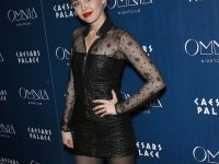 Miley Cyrus bellissima in collant neri