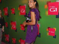 Rosario Dawson: gambe chilometriche in collant