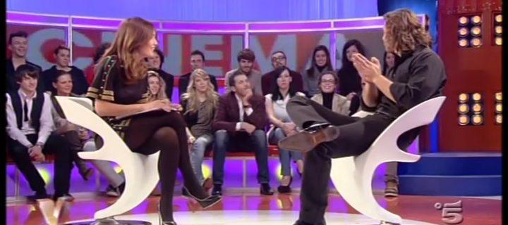 Caterina Balivo in collant neri: un video da impazzire